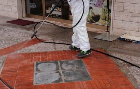 Sanificazione strade e marciapiedi